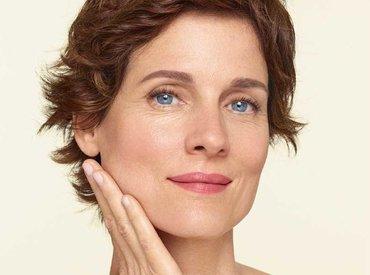 Menopauza i gubitak kolagena: zašto koža postaje ovješena?