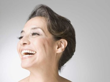 Zašto počinjem primjećivati dlake na određenim dijelovima lica u menopauzi?