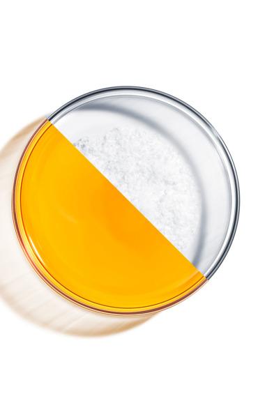 Biste li trebali upotrebljavati vitamin C i hijaluronsku kiselinu zajedno?