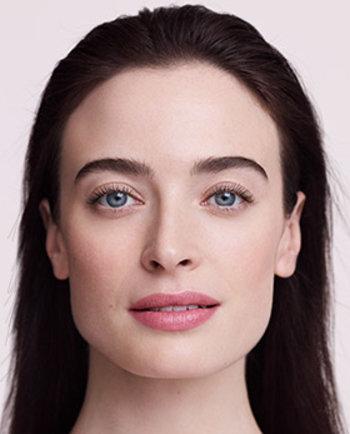 Hijaluronska kiselina: što je to i kako utječe na vašu kožu?