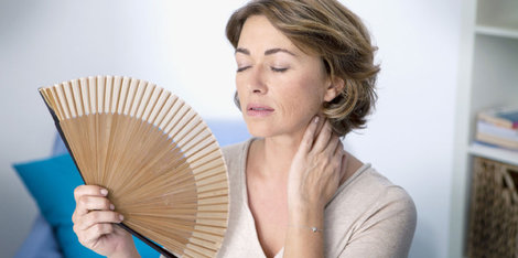 Što su valovi vrućine tijekom menopauze i kako se mogu olakšati?