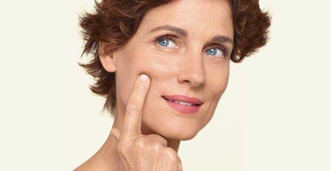 Kako mogu pomoći svojoj koži tijekom menopauze? Najbolji savjeti za dobru rutinu njege kože